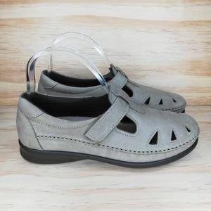 SAS Roamer Slip-On Loafer Women's Size 9